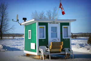 how to build an ice fishing hut
